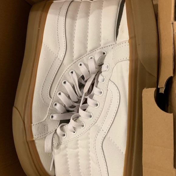 Vans Shoes   Vans White Gum Bottoms